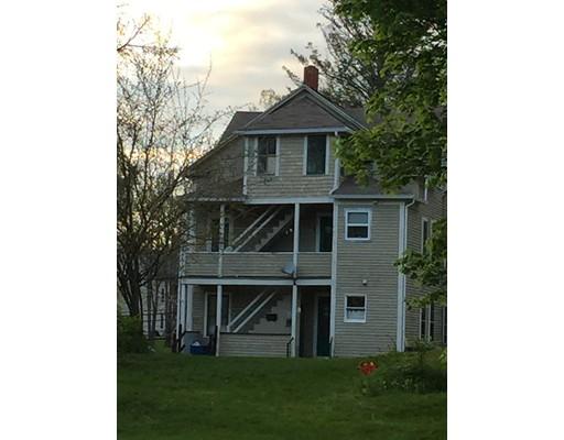 متعددة للعائلات الرئيسية للـ Sale في 67 Walnut Street 67 Walnut Street Putnam, Connecticut 06076 United States
