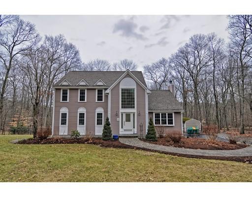 Nhà ở một gia đình vì Bán tại 494 Gilbert Street 494 Gilbert Street Mansfield, Massachusetts 02048 Hoa Kỳ