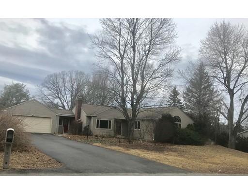 واحد منزل الأسرة للـ Sale في 15 Jennings Road 15 Jennings Road Westborough, Massachusetts 01581 United States