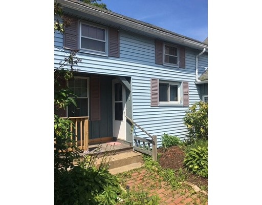 Apartment for Rent at 285 W. Main st #1 285 W. Main st #1 Spencer, Massachusetts 01562 United States