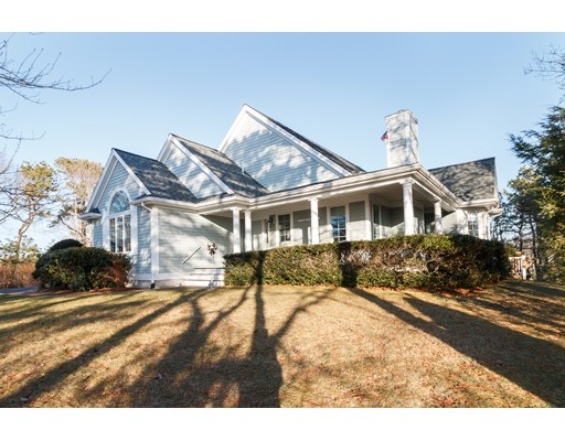 Single Family Home for Sale at 17 Equestrian Lane 17 Equestrian Lane Falmouth, Massachusetts 02536 United States