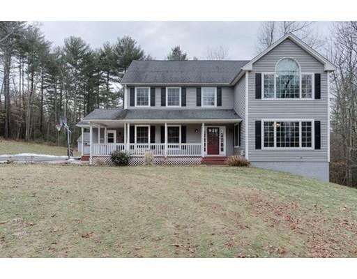Частный односемейный дом для того Продажа на 198 Town Farm Road 198 Town Farm Road Monson, Массачусетс 01057 Соединенные Штаты