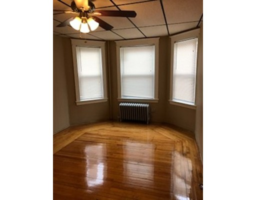 Apartment for Rent at 220 Mount Pleasant Street #2 220 Mount Pleasant Street #2 New Bedford, Massachusetts 02746 United States