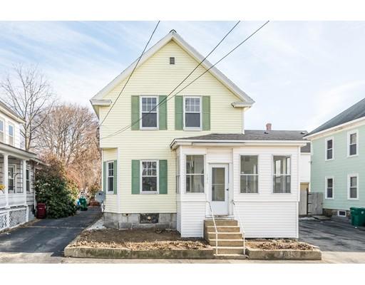 Частный односемейный дом для того Продажа на 121 Dalton Street 121 Dalton Street Lowell, Массачусетс 01850 Соединенные Штаты