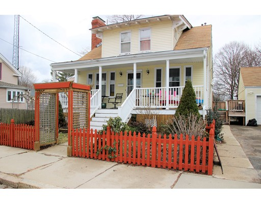 Single Family Home for Sale at 95 Union Street 95 Union Street Woonsocket, Rhode Island 02895 United States