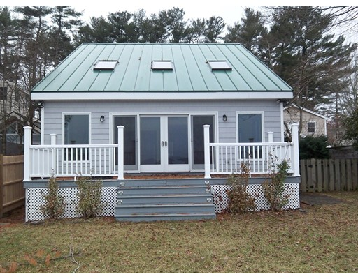 Single Family Home for Sale at 17 Point Of Pines Road 17 Point Of Pines Road Freetown, Massachusetts 02717 United States