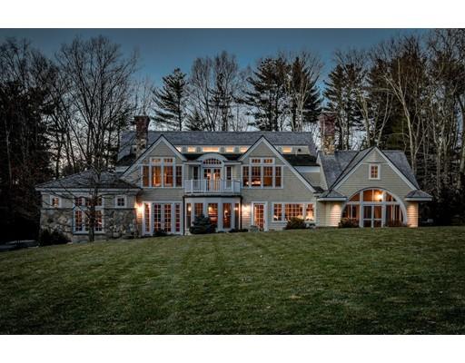 Maison unifamiliale pour l Vente à 118 Farm Street 118 Farm Street Dover, Massachusetts 02030 États-Unis