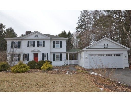 Single Family Home for Sale at 902 North Pleasant Street 902 North Pleasant Street Amherst, Massachusetts 01002 United States