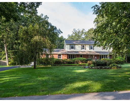 Single Family Home for Sale at 184 Primrose Drive Longmeadow, Massachusetts 01106 United States