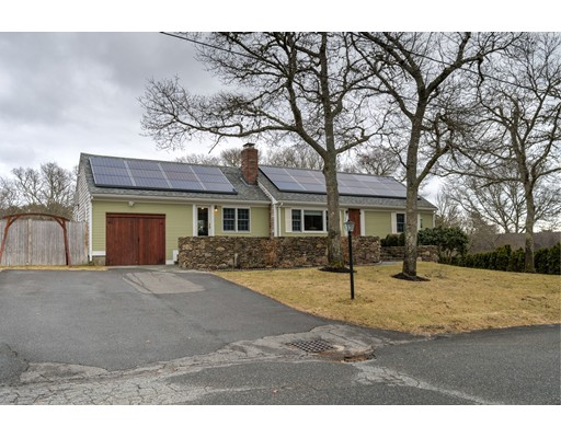 Single Family Home for Sale at 305 Mariner Circle 305 Mariner Circle Barnstable, Massachusetts 02635 United States