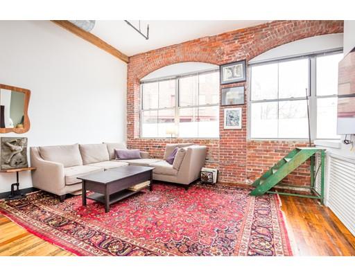 Condominium for Sale at 172 Green Street 172 Green Street Boston, Massachusetts 02130 United States