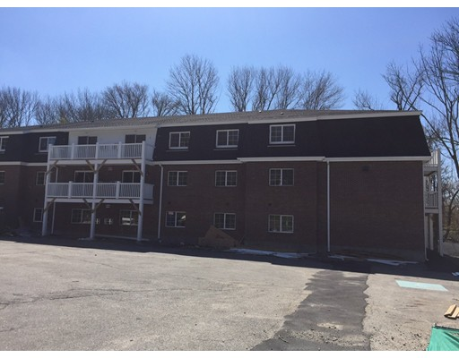 Квартира для того Аренда на 103 Hart St #1103 103 Hart St #1103 Taunton, Массачусетс 02780 Соединенные Штаты