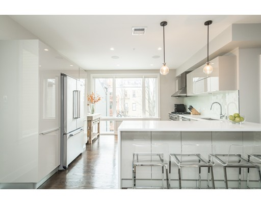 Condominium for Sale at 403 West First Street 403 West First Street Boston, Massachusetts 02127 United States