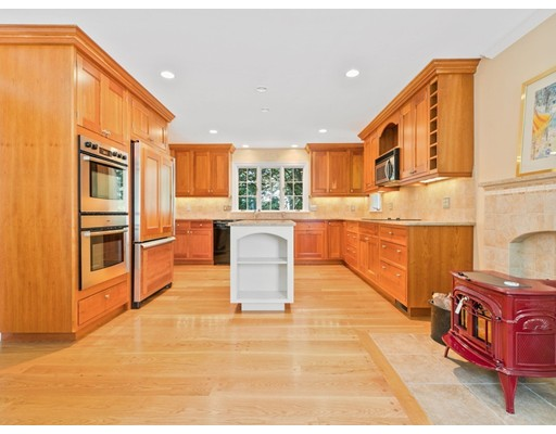 179 Winding River Road, Wellesley, MA, 02482