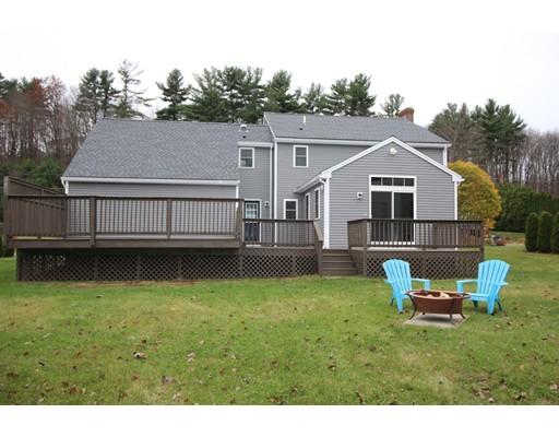 Maison unifamiliale pour l Vente à 83 Fernwood Drive 83 Fernwood Drive Gardner, Massachusetts 01440 États-Unis