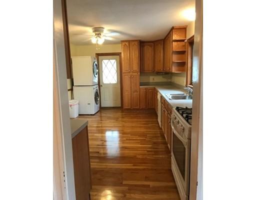 Maison unifamiliale pour l à louer à 65 Yeomans Avenue 65 Yeomans Avenue Medford, Massachusetts 02155 États-Unis