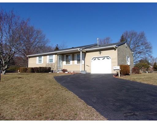 Single Family Home for Sale at 15 Earl Lane 15 Earl Lane Swansea, Massachusetts 02777 United States