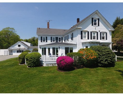 Single Family Home for Sale at 855 Main Road 855 Main Road Westport, Massachusetts 02790 United States