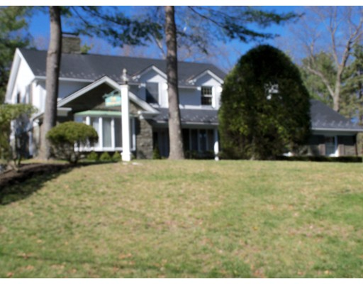 Maison unifamiliale pour l Vente à 36 Apple Hill Lane 36 Apple Hill Lane Lynnfield, Massachusetts 01940 États-Unis