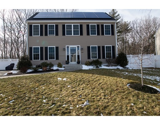 Casa Unifamiliar por un Venta en 109 Esten Road 109 Esten Road Stoughton, Massachusetts 02072 Estados Unidos