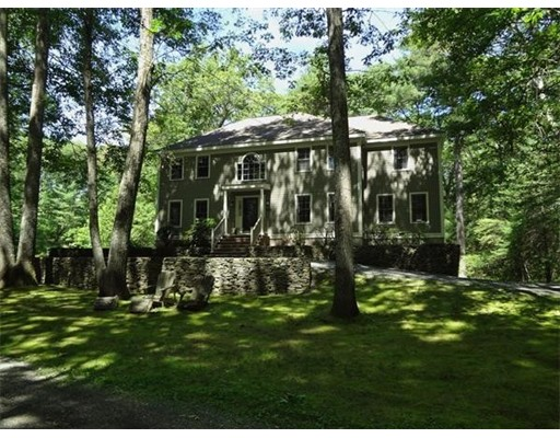 84  Eliot St,  Sherborn, MA
