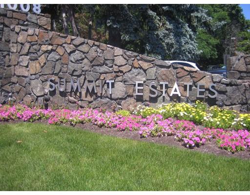 Appartement en copropriété pour l à louer à 1006 Paradise Road #2-N 1006 Paradise Road #2-N Swampscott, Massachusetts 01907 États-Unis