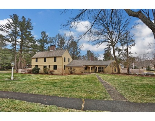 Single Family Home for Sale at 18 Townsend Road 18 Townsend Road Lynnfield, Massachusetts 01940 United States