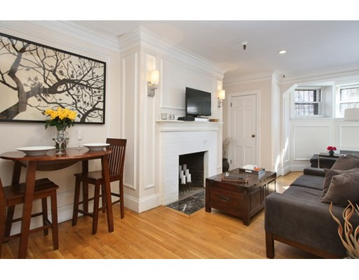 Condominium for Sale at 239 Commonwealth Avenue 239 Commonwealth Avenue Boston, Massachusetts 02116 United States