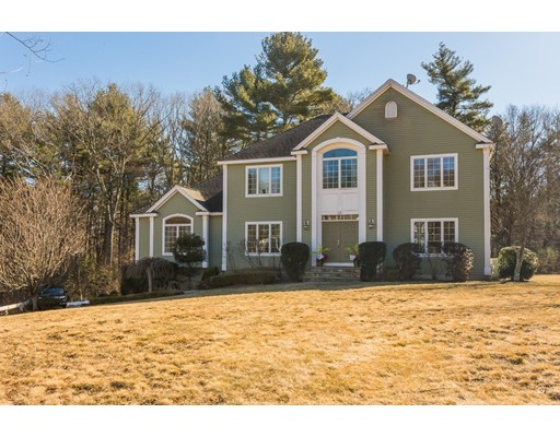 Single Family Home for Sale at 10 Jones Road 10 Jones Road Middleton, Massachusetts 01949 United States