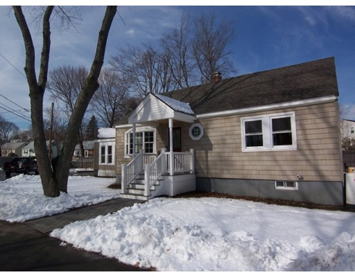 Single Family Home for Sale at 15 MacArthur Road 15 MacArthur Road Beverly, Massachusetts 01915 United States