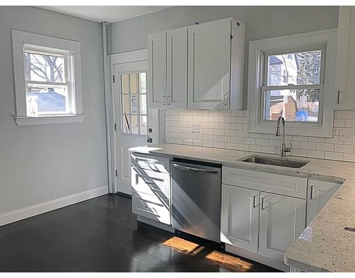 Casa Unifamiliar por un Alquiler en 9999 Grant Medford, Massachusetts 02155 Estados Unidos