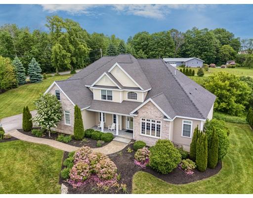 Maison unifamiliale pour l Vente à 2 Pine Tree Drive 2 Pine Tree Drive Methuen, Massachusetts 01844 États-Unis