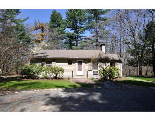 Casa Unifamiliar por un Alquiler en 8 Old Bedford Road 8 Old Bedford Road Lincoln, Massachusetts 01773 Estados Unidos