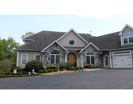 Single Family Home for Sale at 24 Mill Stream Drive 24 Mill Stream Drive Atkinson, New Hampshire 03811 United States