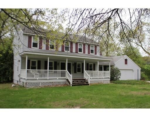 独户住宅 为 销售 在 1101 North Westfield Street 1101 North Westfield Street Agawam, 马萨诸塞州 01030 美国