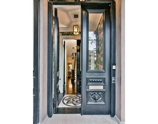 独户住宅 为 销售 在 381 Beacon 381 Beacon 波士顿, 马萨诸塞州 02116 美国