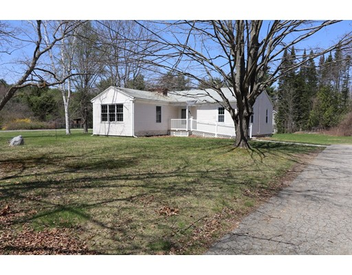 Single Family Home for Rent at 81 Old Bolton Road 81 Old Bolton Road Stow, Massachusetts 01775 United States