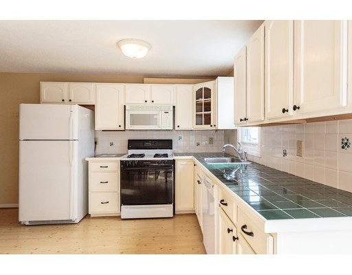 Single Family Home for Sale at 23 Allen Street 23 Allen Street Boston, Massachusetts 02131 United States