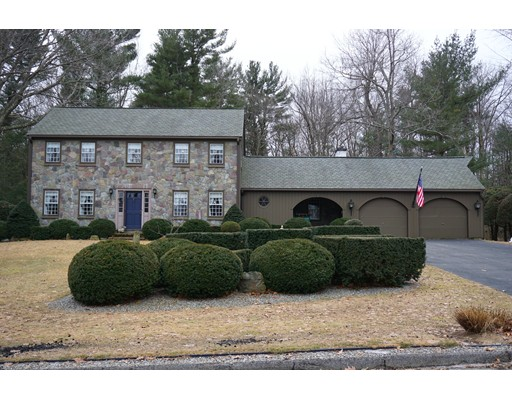 Single Family Home for Sale at 36 Lancelot Drive 36 Lancelot Drive Paxton, Massachusetts 01612 United States