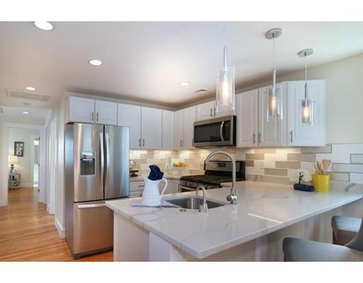 Appartement en copropriété pour l à louer à 112 Sagamore St #1 112 Sagamore St #1 Revere, Massachusetts 02151 États-Unis