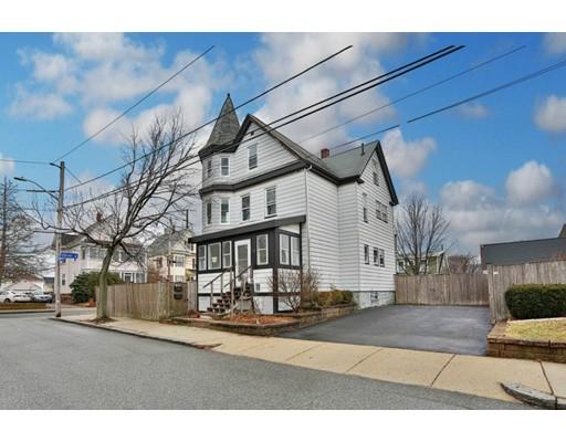 Maison multifamiliale pour l Vente à 73 Maynard 73 Maynard Malden, Massachusetts 02148 États-Unis