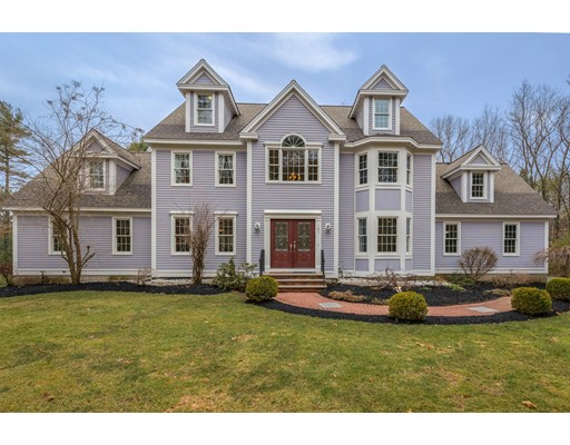 Casa Unifamiliar por un Venta en 107 Houghton Lane 107 Houghton Lane Boxborough, Massachusetts 01719 Estados Unidos