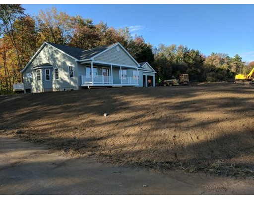 Single Family Home for Sale at 1 Briar Circle 1 Briar Circle Ware, Massachusetts 01082 United States