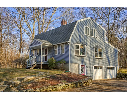 Single Family Home for Sale at 61 Griggs Road 61 Griggs Road Sutton, Massachusetts 01590 United States