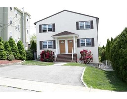 Maison avec plusieurs logements pour l Vente à 115 Langley Street 115 Langley Street Fall River, Massachusetts 02720 États-Unis