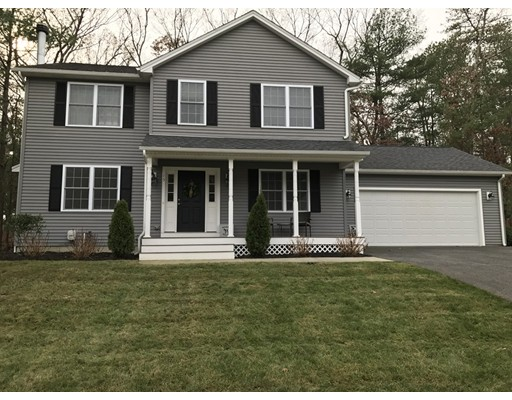 Single Family Home for Sale at 15 Clover Court 15 Clover Court Cumberland, Rhode Island 02864 United States