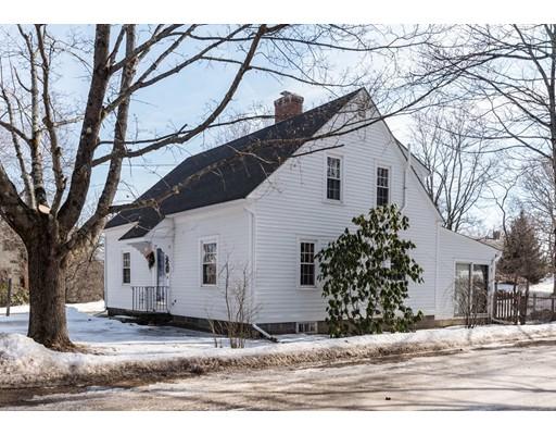 واحد منزل الأسرة للـ Sale في 520 Main Street 520 Main Street Ashfield, Massachusetts 01330 United States