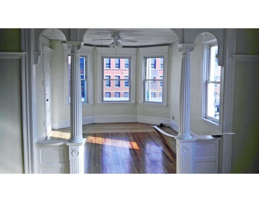 Apartment for Rent at 631 Brock Ave #2 631 Brock Ave #2 New Bedford, Massachusetts 02746 United States