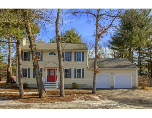 Casa Unifamiliar por un Venta en 6 Weatherbee Road 6 Weatherbee Road Shirley, Massachusetts 01464 Estados Unidos