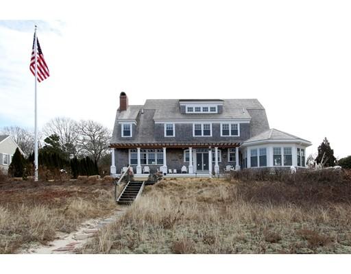 独户住宅 为 销售 在 161 Uncle Barneys Road 161 Uncle Barneys Road 丹尼斯, 马萨诸塞州 02670 美国